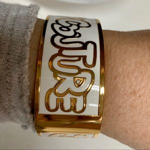 Juicy Couture Jewelry - JUICY COUTURE ORIGINAL WIDE OVAL BANGLE NWT